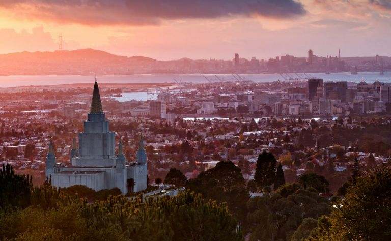 Oakland Image